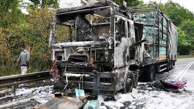 Požár kamionu u Bořislavi