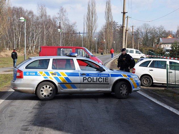 Vyšetřování střelby v Jeníkově.
