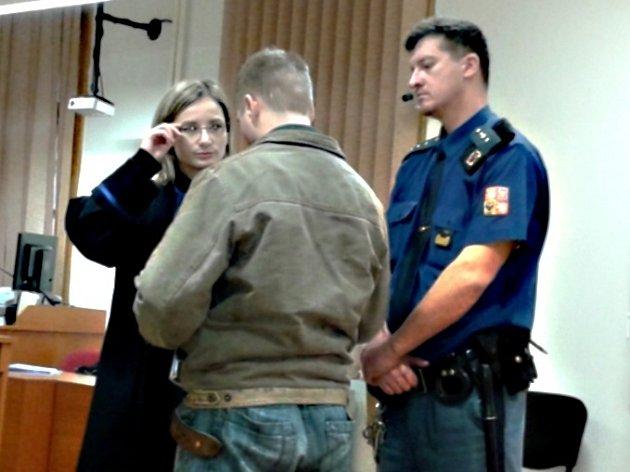 Na tři roky do vězení poslal teplický soud notorického bombového atentátníka.