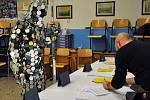 Zrcadlový muž volil prezidenta na Gymnáziu v Teplicích