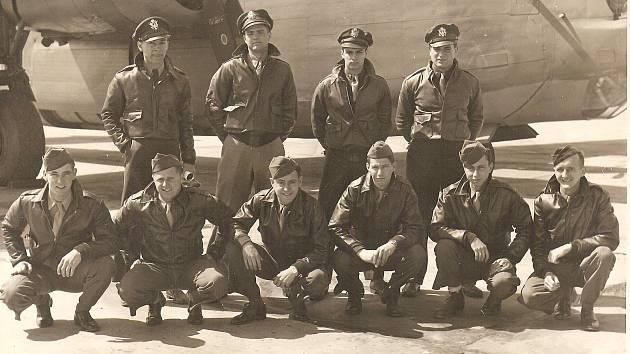 Posádka letounu sestřeleného u Mukova