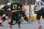 V Oblastní hokejbalové lize vyprášil Chlumec Krupku, vyhrál 9:1.