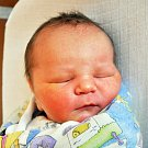 ADAM PANUŠKA se narodil Lucii Panuškové z Bíliny 29. října v 18.50 hod. v teplické porodnici. Měřil 51 cm a vážil 3,70 kg.