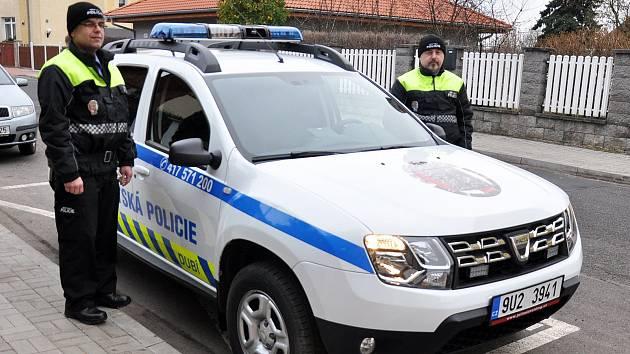 Strážníci městské policie v Dubí.