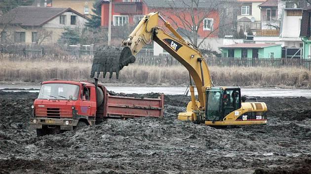Odbahnění rybníka Barbora, 2009