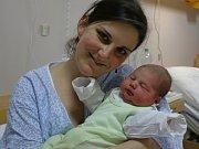 Josefína Blaschkeová se narodila Evě Blaschkeové z Teplic 23. února v 6.02 hod. v ústecké porodnici. Měřila 53 cm a vážila  3,92 kg.