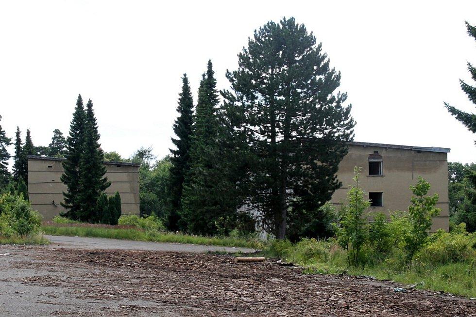 Červený Újezd na Teplicku, bývalý areál Sovětů pro skladování jaderné munice v Česku.