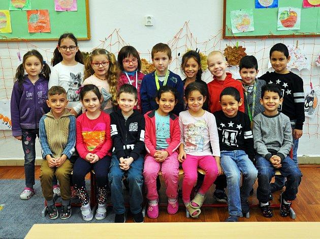 Na fotografii jsou žáci ze ZŠ Za Chlumem vBílině, 1.C třída paní učitelky Jany Zvolánkové.