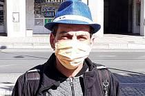 Jirka na ulici v Teplicích žije řadu měsíců. Teď se nechal proškolit na ostrahu a vrátného a bude si hledat práci.