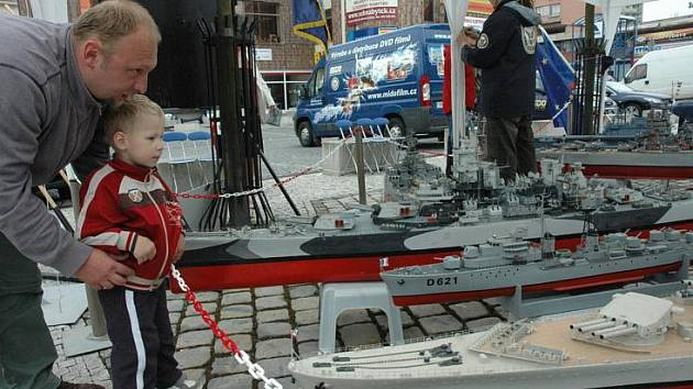 Výstava modelů lodí, letadel v Teplicích
