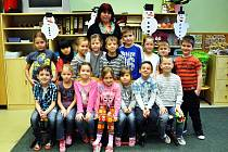 Na fotografii jsou žáci ze ZŠ Masarykova v Krupce, 1. C  třída paní učitelky Petry Hallerové.