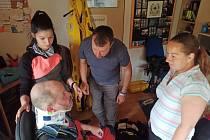 Hasiči Žalan dělali pěnu pro děti a měli školení první pomoci.
