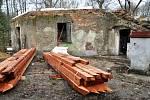 Zámeček Dvojhradí ve Mstišově
