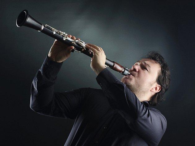 MILAN ŘEŘICHA, špička ve svém oboru i ve světě, ředitel soutěže Czech Clarinet Art 2015 v Teplicích.