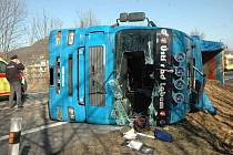 Nehoda u Prosetic - chlapce smetl kamion