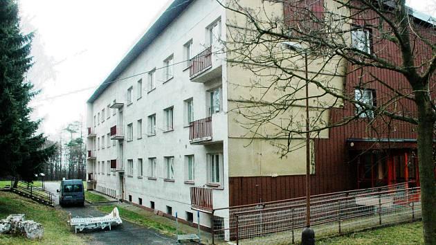 S vedením areálu v Červeném Újezdu se sešli představitelé Hrobčic, Měrunice, Lukova a Bíliny.