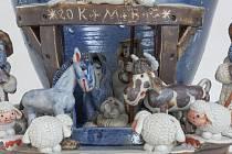 Exponátem měsíce teplického muzea je betlém Aleny M. Kartákové z Krupky.