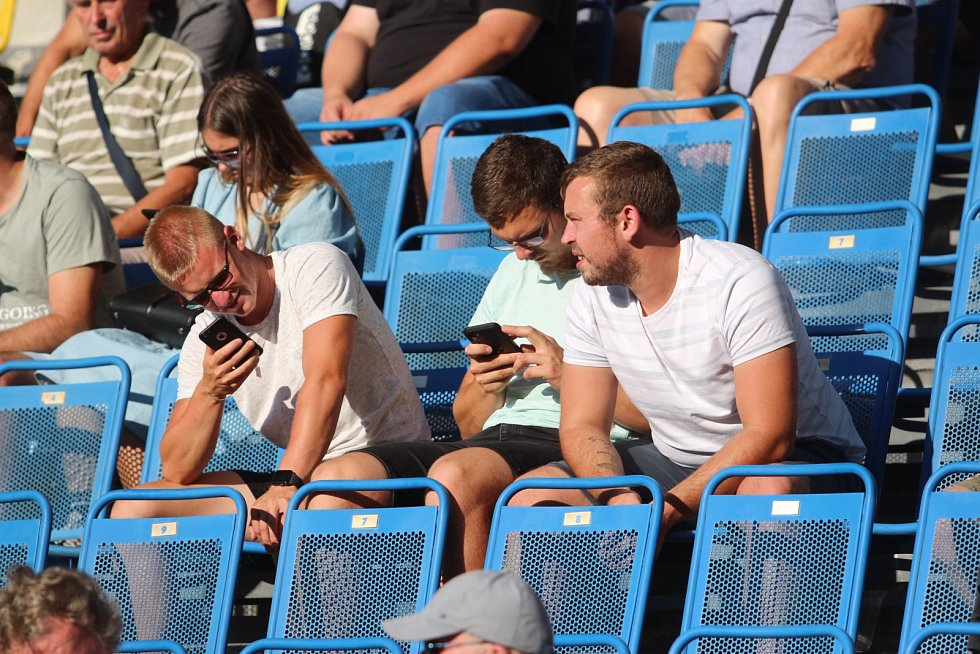 Diváci na fotbale Teplice - Slavia