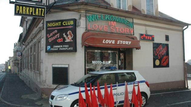 Night club Love Story