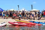 Na jezeře Milada se uskutečnil první ročník závodu na paddleboardech Milada SUP Race.