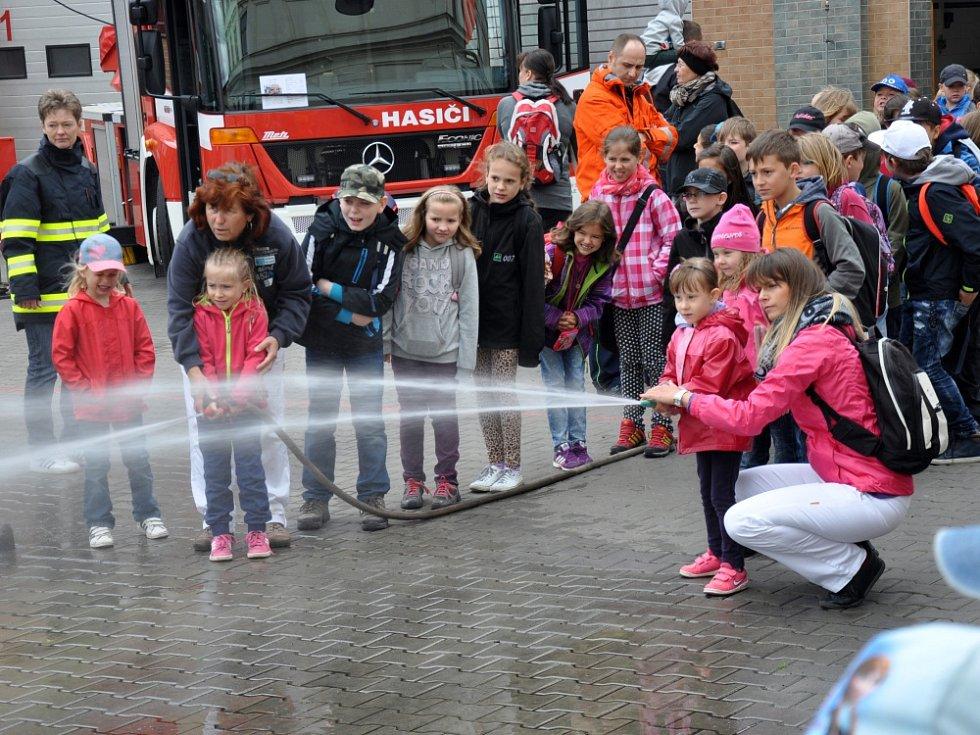 Tepličtí hasiči otevřeli veřejnosti garáže a speciální polygon