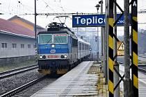 Vlaky na nádraží v Teplicích
