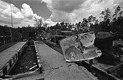 V Bohosudově se v roce 1991 roztrhl sovětský tank a bylo usmrceno 17.vojáků. Major Bilický zachránil svou odvahou další životy. Na snímcích jsou také odjíždějící vojáci z Bohosudova a zbytky kasáren-