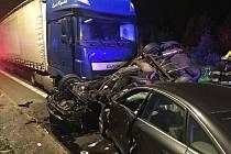 Tragická nehoda v obci Soběchleby na Teplicku.