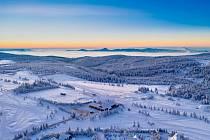Pondělní ráno 11. ledna na Cínovci bylo plné slunce.