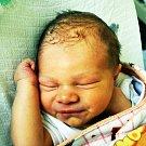 JAN SARTORI se Martině Jindrové z Duchcova 11. února v 1.27 hod. v teplické porodnici. Měřil 50 cm a vážil 3,40 kg.