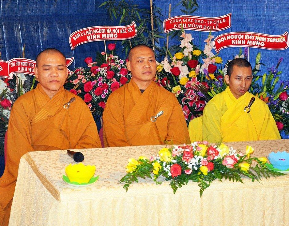 """V Dubí otevřeli Buddhistický chrám """"Lac Vien"""". Je v Pozorce"""