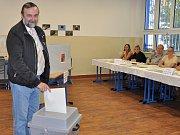 1. den komunálních a senátních voleb 2018 na Teplicku, Zdeněk Bergman (jeden z kandidátů na senátora)