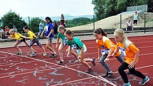 Sportovní hry mládeže 2019 všech krupských škol na tamějším městském stadionu