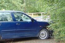 Bouračkou skončila honička řidiče pod vlivem drog s policií v Proboštově.