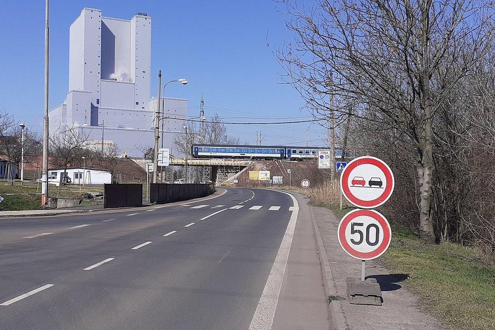 Oprava mostů mezi Oldřichovem a Bílinou