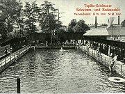Pánský bazén bývalého teplického koupaliště na historické poheldnici.