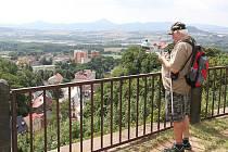 Hrad Krupka je veřejnosti přístupný po celý rok. Turisticky atraktivnější je v letních měsících.