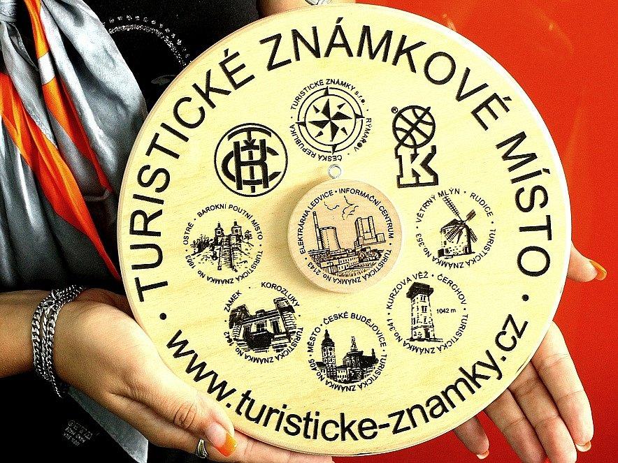 Detail turistické známky Informačního centra Ledvice