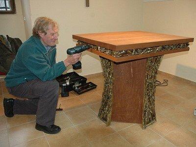 Originální obětní stůl
