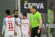 Svarog v Mělníku neuspěl, nepomohl mu ani gól Adriana (druhý zleva).