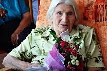 Marie Hanušová v domově důchodců U Nových lázní v Teplicích oslavila úctyhodných 95 let.