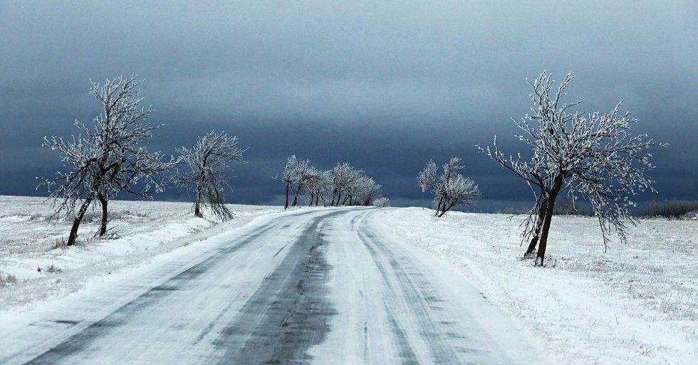 Lidé o Božím hodu vánočním vyrazili do přírody. Například na Komáří Vížku na Teplicku nebo do Adolfova na Ústecku