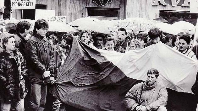 Generální stávka v Teplicích listopad 1989