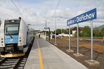 Nová železniční zastávka Jeníkov - Oldřichov mezi Teplicemi a Bílinou