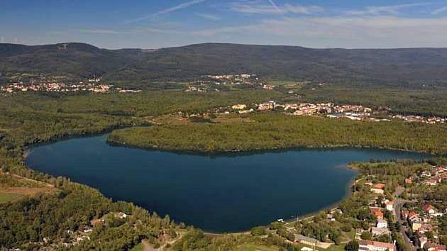 Zatopený důl Barbora u Oldřichova na Teplicku.