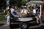 Mobilní dechovka v ulicích Teplic.