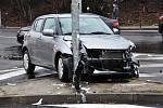 Dopravní nehoda na frekventované křižovatce Masarykova - Hrázní na Hrázi dvou osobních automobilů, která stala v pondělí v půl 9 ráno.