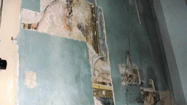Vzácná freska vyplula na povrch.