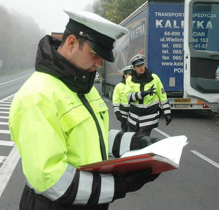 Vedení policie naordinovalo hlídkám v terénu celostátně koordinovanou dopravně bezpečností akci na silnicích