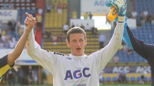 Tomáš Grigar se raduje po zápase s Boleslaví z výhry